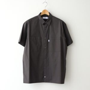 Graphpaper | グラフペーパー [ STRETCH TYPEWRITER S/S BOX SHIRT #GRAY [GM211-50617B] ]
